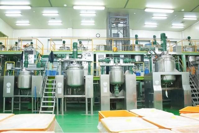 Hệ thống máy móc đạt chuẩn là yêu cầu cần có để xác định chuẩn nhà máy